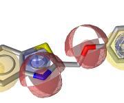 3D-Struktur von I-12 links im Bild im FLAP-Pharmakophormodell und rechts im sEH-Pharmakophormodell, das in der 3D-Bindetasche des Enzyms liegt. Die farbigen Kugeln und Pfeile stellen das Pharmakophormodell dar. Sie codieren für die Aktivität wichtige Wechselwirkungen mit FLAP (links) bzw. sEH (rechts). (Foto: Daniela Schuster)