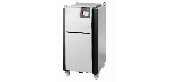 Der Thermostat Presto W55 von Julabo hat eine hohe Kälte- und Heizleistung mit sehr schnellen Abkühl- und Aufheizzeiten. (Bild: Julabo)
