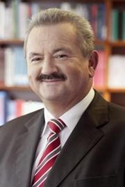 News: Prof. Reimund Neugebauer trat sein neues Amt als Präsident der Fraunhofer-Gesellschaft an