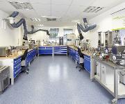 Thermo Fisher Scientific eröffnet neues Kunden- und Laborzentrum für die Materialcharakterisierung in Karlsruhe, Deutschland.
