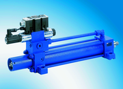 Fertigungstechnik und Werkzeugmaschinen (MW),: Auf Wunsch auch als komplette Achse