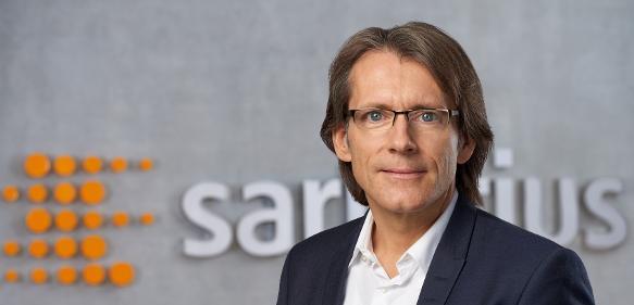 """Dr. Joachim Kreuzburg, Vorstandvorsitzender von Sartorius, zur Übernahme von IntelliCyt: """"Leistungsfähigere und schnellere Verfahren für die Zellanalyse sind eine unabdingbare Voraussetzung für wissenschaftlichen Fortschritt."""""""