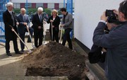 Neue Büro- und Produktionsräume: Erster Spatenstich bei Diatest in Darmstadt
