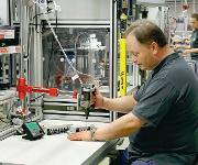 Verschraubung von Kunststoff-Komponenten