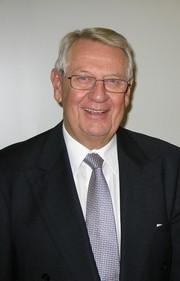 News: Klaus Th. Vetter ist 50 Jahre dabei