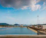 Wassersparbecken_Miraflores_Panama_Kanal