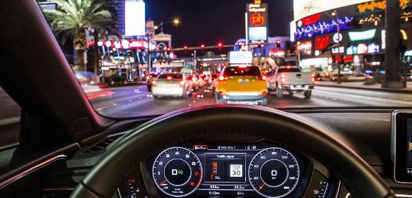 Autonomes Fahren: Audi vernetzt sich mit Ampeln