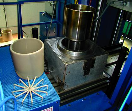 Gummi-Formteil-Produktion: Aufblasbar und ziemlich groß
