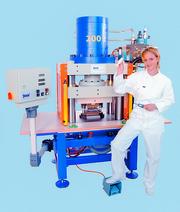 Fertigungstechnik und Werkzeugmaschinen (MW),: Jedem seine eigene Presse
