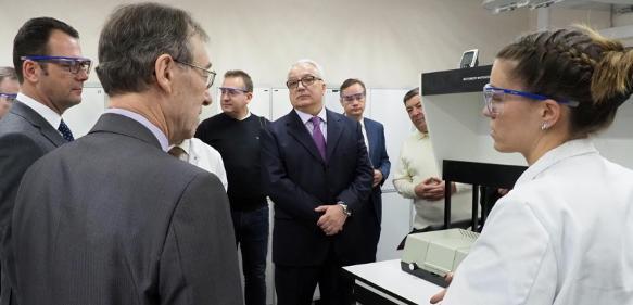 Eröffnung des Byk-Anwendungslabors in Russland. (Bild: Byk)