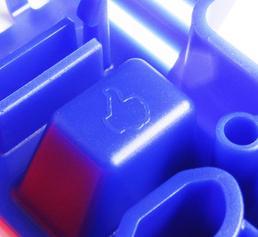 In eine Fülle von Details zeigt das Spritzgießmuster, wie man Bauteile für den Spritzguss besser konstruieren kann. (Bild: VDWF)