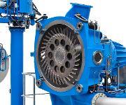 Coperion setzt den Werkstoff Nikrodur erstmals bei der Lochplatte der neue Unterwassergranulierung Typ UG750W ein – die Lochplatte weist mehr als 5700 Bohrungen auf, der Nenndurchsatz liegt bei bis zu 70 Tonnen pro Stunde. (Bild: Coperion)