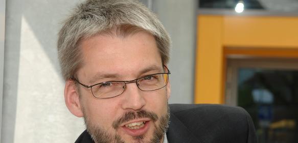 Referent der CfK-Fortbildung in Stade ist W. F. Unckenbold, Professor für Strukturmechanik der Faserverbundwerkstoffe am PFH  Hansecampus Stade.