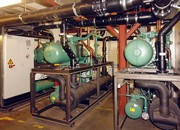 Trotz Stromspitzen cool bleiben: Sanftstarter optimieren den Betrieb von Kälteanlagen in der Folienproduktion