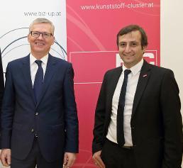 Manfred Hackl (links) und Cluster-Manager Wolfgang Bohmayr