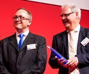 Oliver Hayden und Jan van den Boogaart bei der Preisverleihung