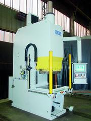 Maschinenelemente (ME): Investitionen in hydraulische Pressen