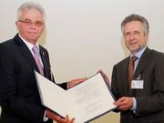 Auszeichnung: Professor Zellner erhält DECHEMA-Medaille