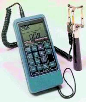 Labortechnik: Strömungsgeschwindigkeiten im Reinraum messen