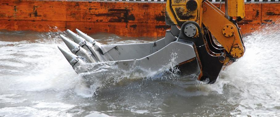 Hydraulikdruck an der Baggerschaufel überwachen
