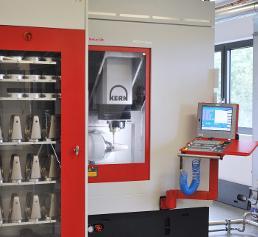 Fräsmaschine des Typs Kern Micro bei Etkon