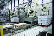 Palettierroboter: Picking, Packing, Palletizing in der Getränkeindustrie