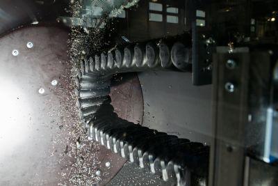 Kunststoff-Energierohr: Schutz für bewegte Leitungen