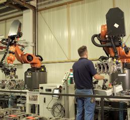 Mensch-Roboter-Kooperation: Das Dream-Team in der BMW-Qualitätssicherung