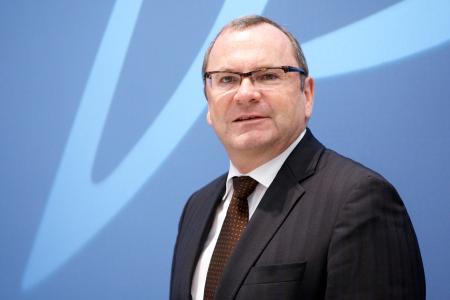Märkte + Unternehmen: Product Lifecycle Management: Dassault Systèmes expandiert in neue Märkte