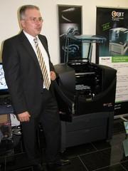 Märkte + Unternehmen: Multimaterial-3D-Drucker: Objet bietet Connex-Technologie nun auch für Büroumgebung an