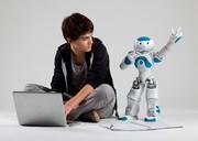 Märkte + Unternehmen: SolidWorks: Nao-Roboter hilft Menschen mit Autismus