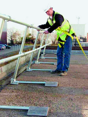 Antriebstechnik (AT),: Kollektivschutz auf Flachdächern