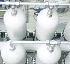 Druckbehälteranlage mit kundenspezifischem  Verschraubungssystem