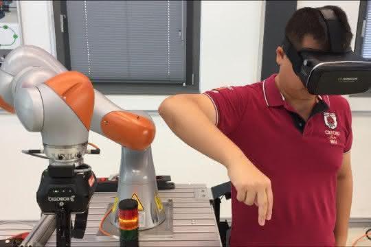 Roboterprogrammierung durch AR