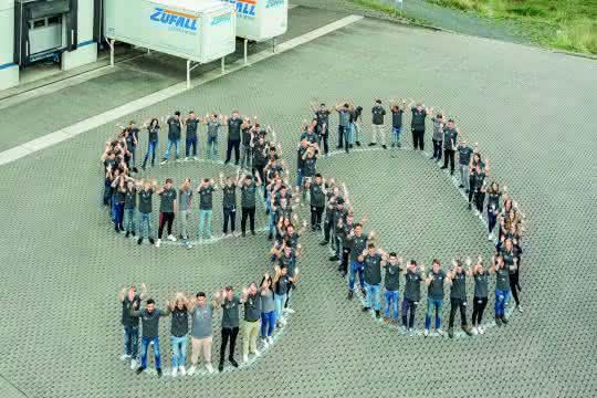 Logistik-Dienstleister: 80 Auszubildende starten bei Zufall Logistics