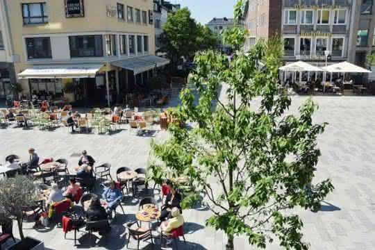 GaLaBau: Pflasterbelag für Platzgestaltung
