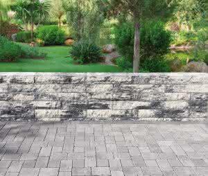 Jasto ergänzt sein Bruchsteinmauer-System um großformatige Steine mit einer Länge von 85 cm.