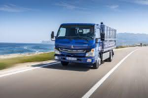 Anfang Juli übergab Daimler Trucks zehn vollelektrische Leicht-Lkw FUSO eCanter an die Stadtverwaltung von Lissabon.