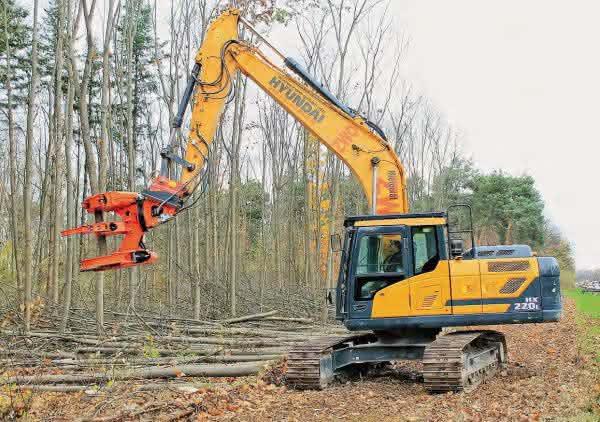 HX220L mit Forstprozessor