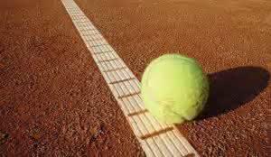 Bodenbelag auf Tennisplätzen