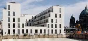 fünfgeschossige Neubau