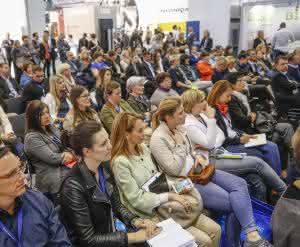 Organisation: Personalfachmesse in Stuttgart: Mittelstand im Fokus