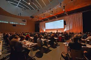 Mauerwerksbau: Mauerwerkskongresse in Ulm und München