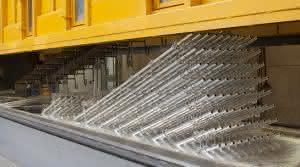 Krane und Hebebühnen: Layher: Umbau der Feuerverzinkerei abgeschlossen