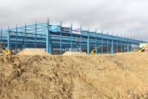 Krane und Hebebühnen: Schmitz Cargobull: Richtfest der neuen Fertigungshalle