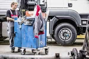 Zu Lande: Schwarzmüller startet neue Online-Plattform für Gebrauchtfahrzeuge