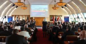 Zu Lande: Fachkonferenz Eisenbahnverkehr gestartet