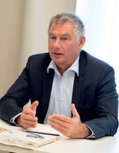 Walter Kennerknecht, MIAS Group
