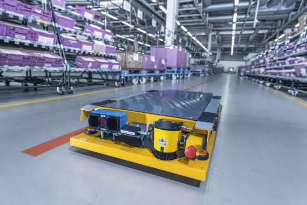 Smart Transport Robots