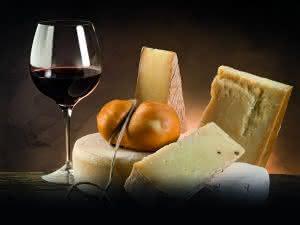 Flurförderzeuge: Stressfrei zum Käse